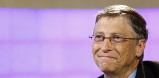 Which business book is Bill Gates recommending to colleagues?